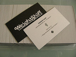 English: Photo of two free business cards