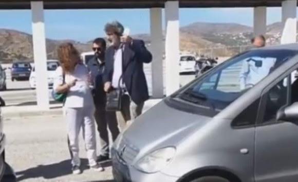 Σύρος: Οι δυο λέξεις του Πολάκη σε καρκινοπαθή άναψαν φωτιές - Χαμός και κατσάδα στο αεροδρόμιο [vid]