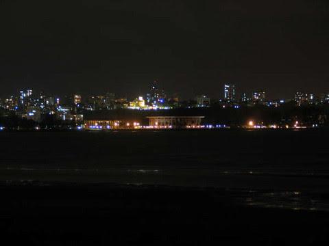 MAPUTO - vista nocturna parcial_resize.jpg
