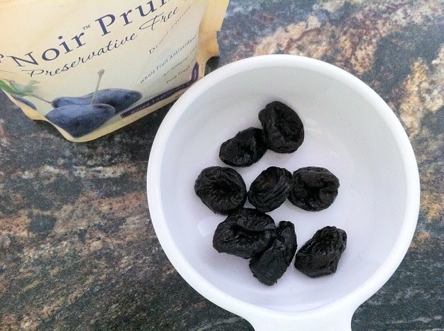 8 Prunes
