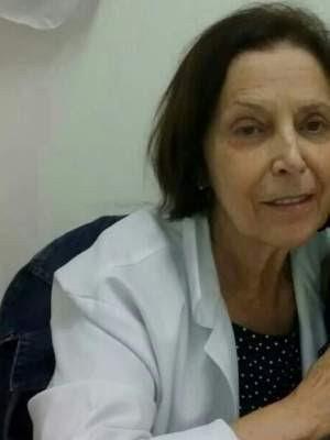 Pacientes de pedriata divulgaram fotos da médica horas após ela morrer em Cubatão (Foto: Reprodução / Facebook)