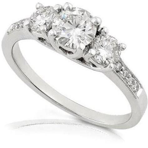 Beautiful diamond wedding rings : Pak101.com
