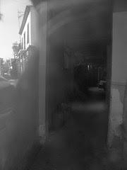 narrow building : interior+reflexion