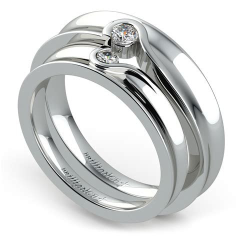 Matching Bezel Heart Concave Diamond Wedding Ring Set in