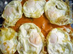 02-huevos