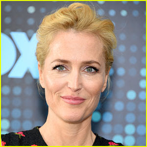 Gillian Anderson Speaks Out About 'The X-Files' All-Male Writer's Room