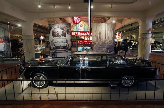 The 1961 Lincoln Continental presidential limousine in which former U.S. President John F. Kennedy was assassinated is displayed at The Henry Ford Museum in Dearborn, Michigan November 1, 2013. Friday, November 22, 2013, will mark the 50th anniversary of the assassination of President Kennedy. Picture taken November 1, 2013. REUTERS-Joshua Lott
