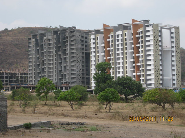Pride Platinum (www.pridegroup.net) from Reelicon Alpine Ridge, 2 BHK 2.5 BHK 3 BHK Flats, near Pancard Club, Baner Pune