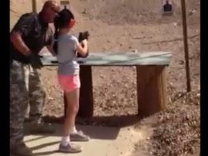 Criança mata instrutor com tiro acidental (Foto: Mohave County Sheriff/divulgação)