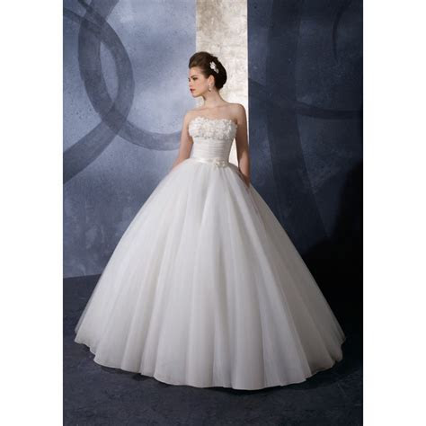 Ballroom Weddings Pic: Ballroom Style Wedding Dress