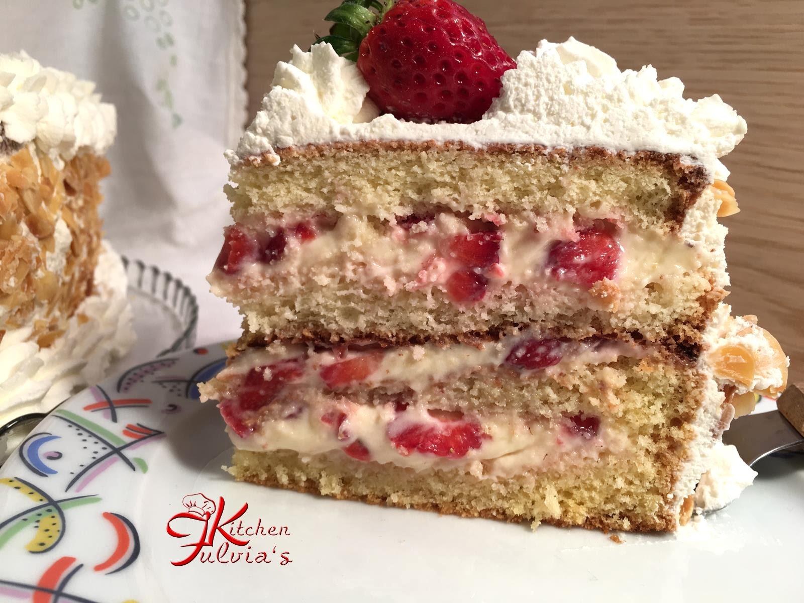 Torta Di Compleanno Con Panna E Fragole Videoricetta