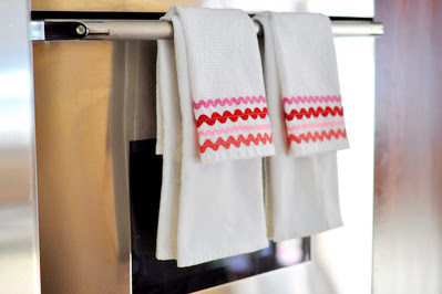 Valentine's Day Dish Towels