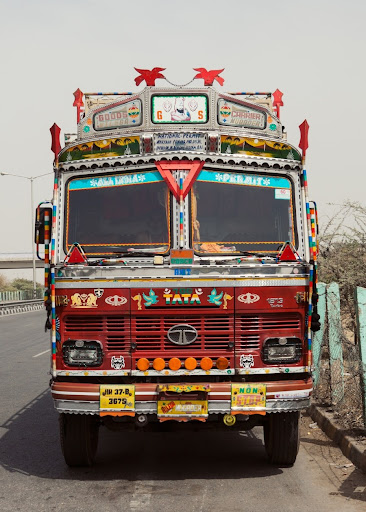 fc34c858987676 This Wallpaper was rated by Bing.com for KEYWORD Indian Truck Pic