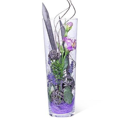 Die schönsten Vasen und die tollsten Gefäße finden Sie bei ...