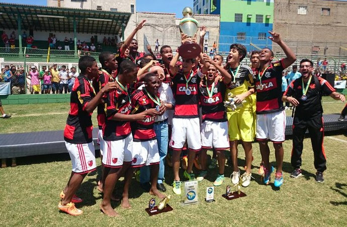 Flamengo x Grêmio, final, Copa Brasil de Futebol Infantil, sub-15, Votorantim (Foto: Natália de Oliveira)