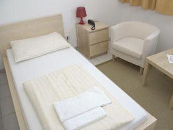 Price Lenas Donau Hotel