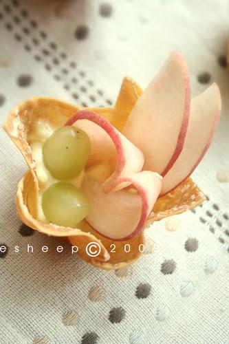 mini juicy tart by you.