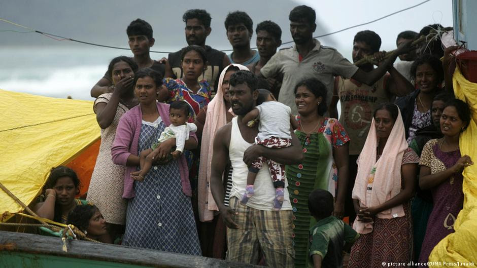 Indonesia to tow stranded Sri Lankan migrant boat out to sea  News  DW  17.06.2016