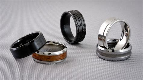 Alternative Metals for Men?s Jewelry : Titanium, Tungsten