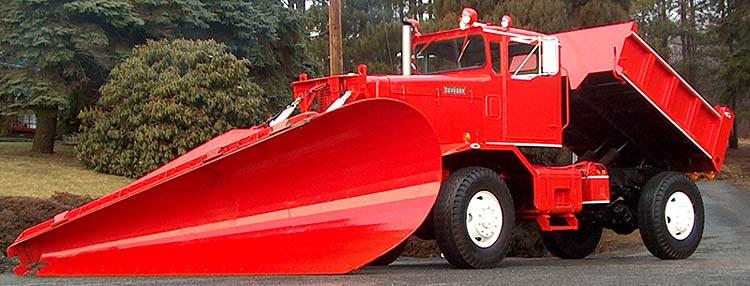 4x4 Oshkosh Snow Plow