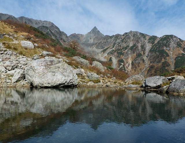 Pond and Yari peak