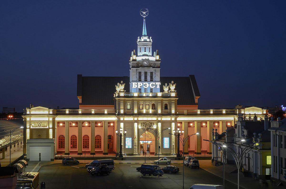 Картинки по запросу фото вокзал Бреста