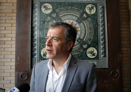 Σταύρος Θεοδωράκης: Το ιατρικό ανακοινωθέν για την επέμβαση