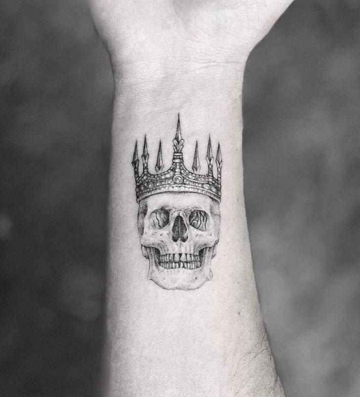 Skull In Crown Tattoo Best Tattoo Ideas Gallery