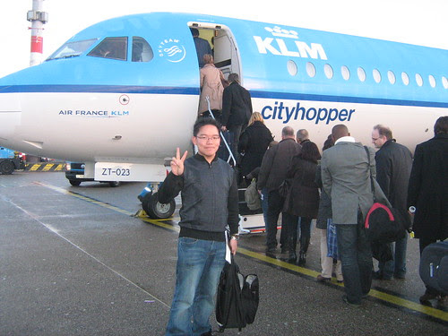Hopping onto the plane to Berlin