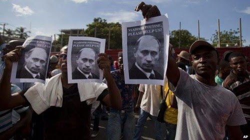 12-06-2014-manifestation__anti_martelly_vladimir_poutine-500x281