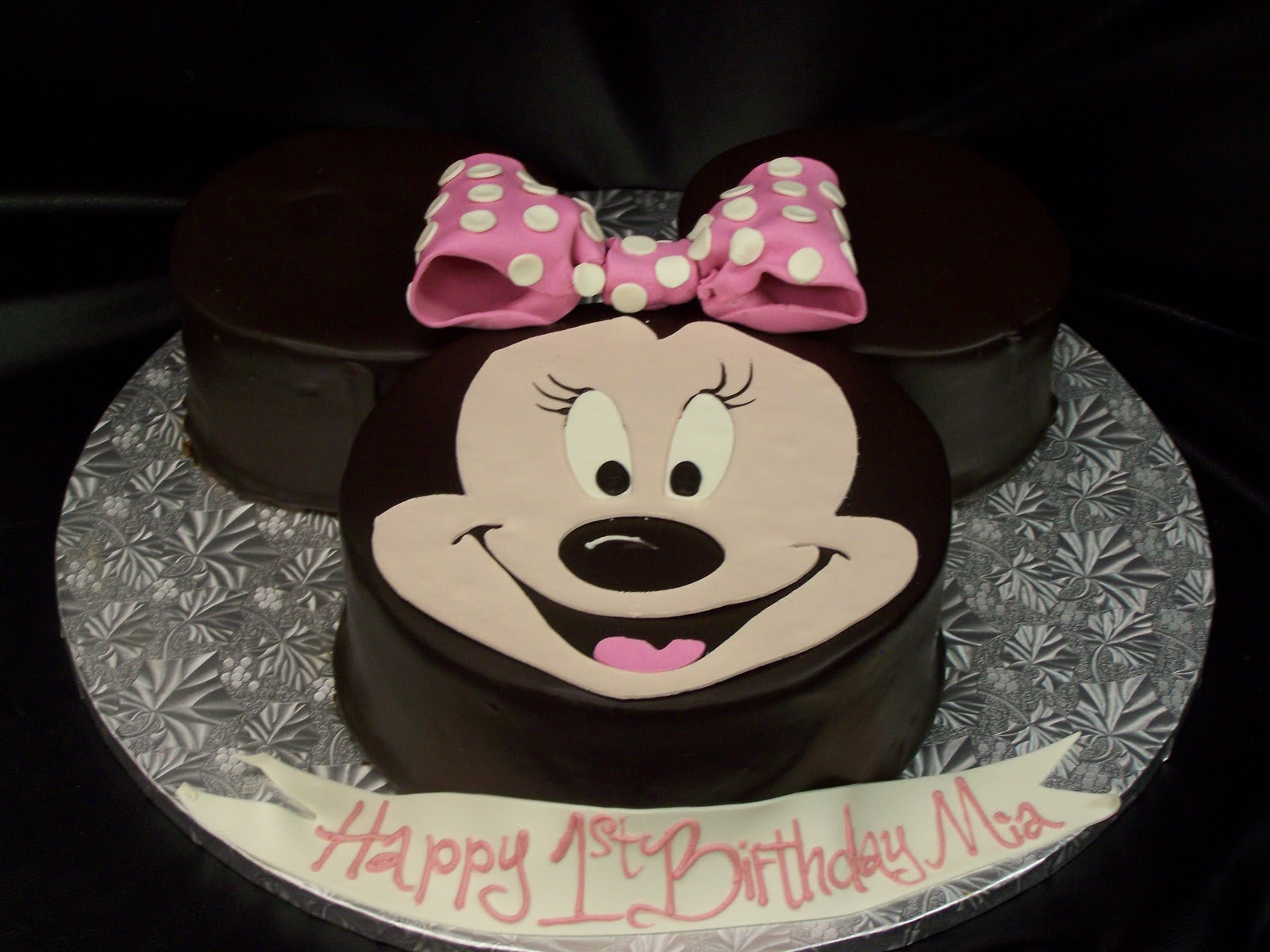 Sensational 1St Birthday Minnie Mouse Cake 1St Birthday Ideas Funny Birthday Cards Online Inifodamsfinfo