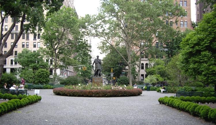 File:Gramercy-park-2007.jpg