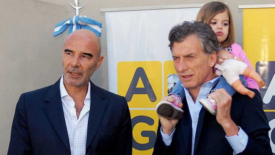 Mauricio Macri junto a Gómez Centurión. Foto: Archivo