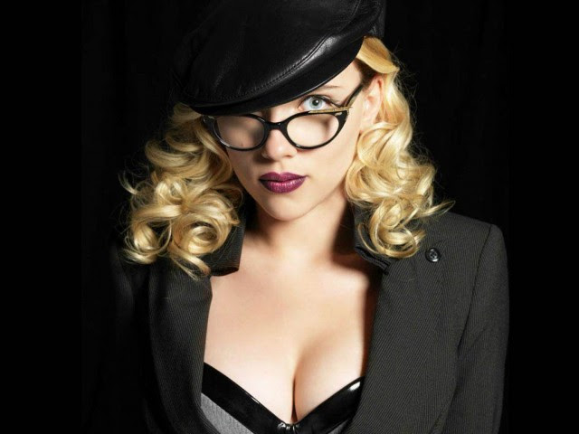 Scarlett-Johansson-7