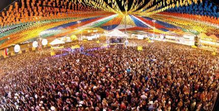 Resultado de imagem para FESTA MARACANAU