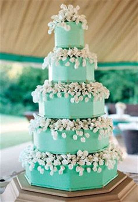 Best 25  Aqua cake ideas on Pinterest   Turquoise cake
