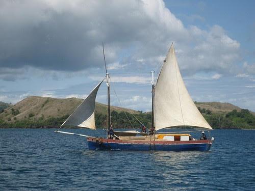 dropped fore sail Madagascar