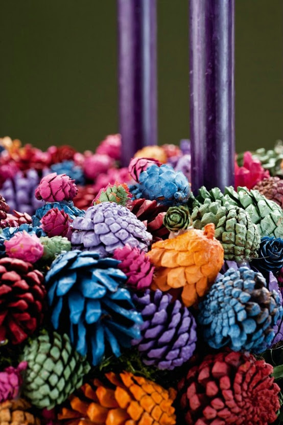 54 Colorful Christmas Inspiring Decor Ideas - 43 - Pelfind