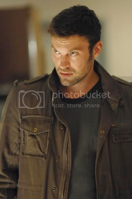 Brian Austin Green [click to enlarge]