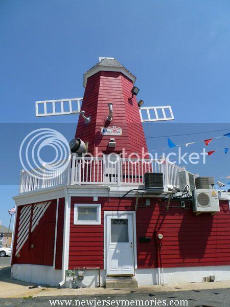 photo WindmillHotDogs4_zpsb1972699.jpg