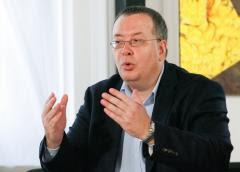 Bogdan Chireac: Klaus Iohannis s-a oprit la jumătatea loviturii de stat