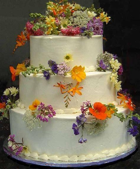 Wildflower wedding cake ideas   wild flower wedding cakes