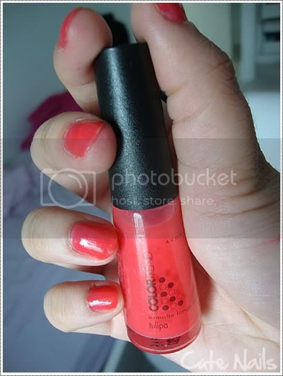 Cute Nails: Tulipa da Avon
