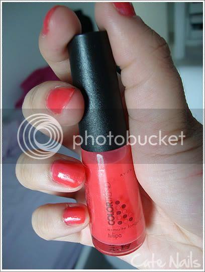 Cute Nails: Tulipa da Avon