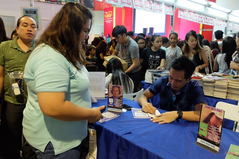 Gusto Kong Maging Voice Talent book signing at the 37th Manila International Book Fair