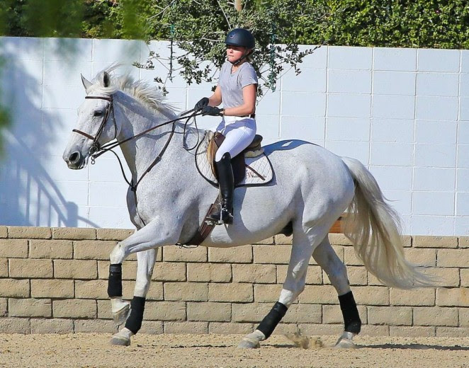 Chloe Moretz: Riding a Horse -04
