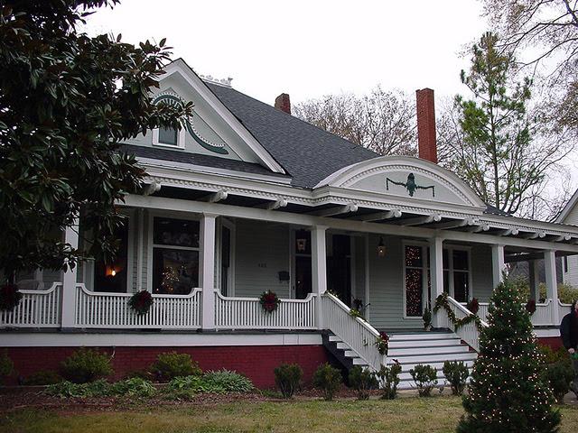 File:Jim Ivey Home c.1908.jpg