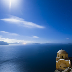 Full moon over Oia by Vasilis Tsikkinis (Vasilis_Tsikkinis) on 500px.com