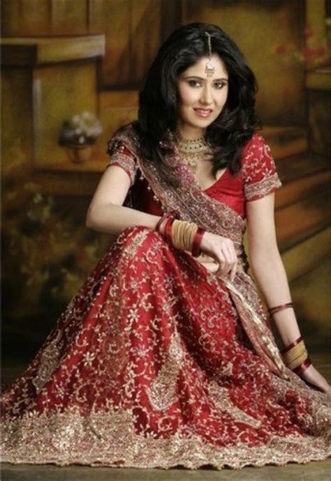 She Dresses: Indian Wedding Dresses for Women