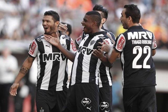 Galo desconhece ressaca e massacra o Fluminense